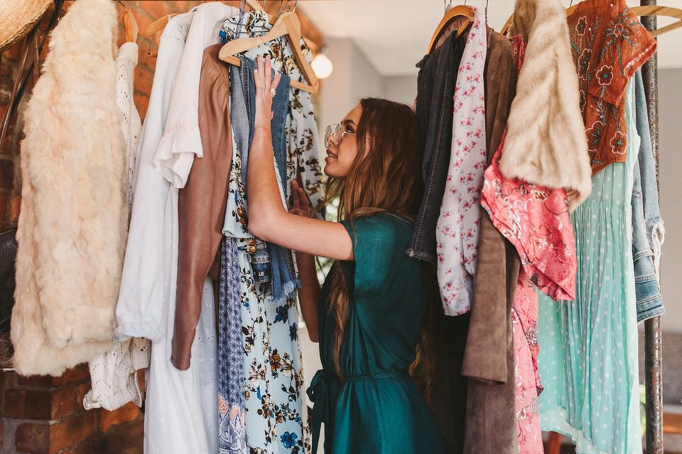 Wardrobe-Detox! : Diese 6 Teile verbannen wir aus unserem Kleiderschrank – JETZT!