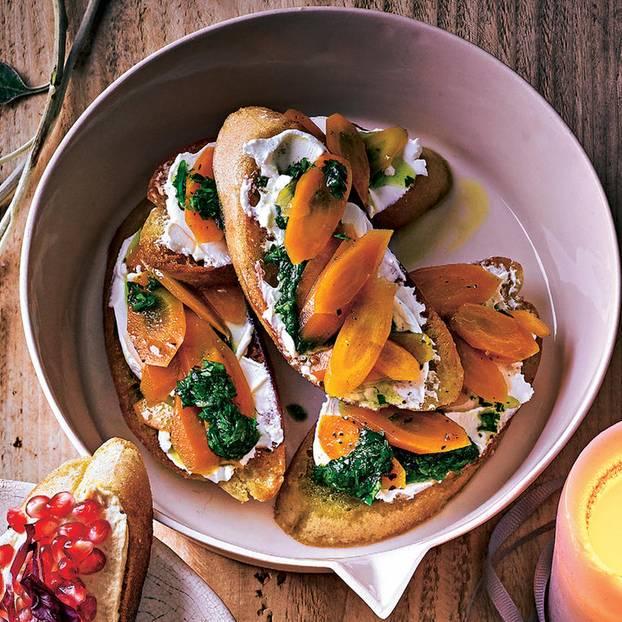 Möhren-Ziegenfrischkäse-Bruschetta