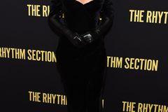 After-Baby-Body: Blake Lively im schwarzen Kleid