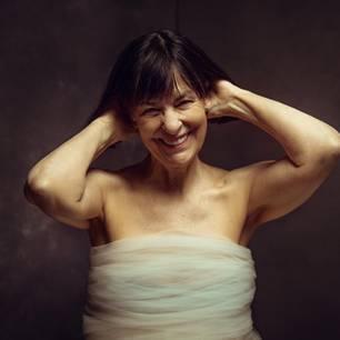 Frauen ab 50: Frau lächelt