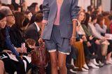 Modetrends Frühjahr/Sommer 2020: Das bleibt, das kommt: Oversize-Blazer, Ledershorts und Schaftstiefel