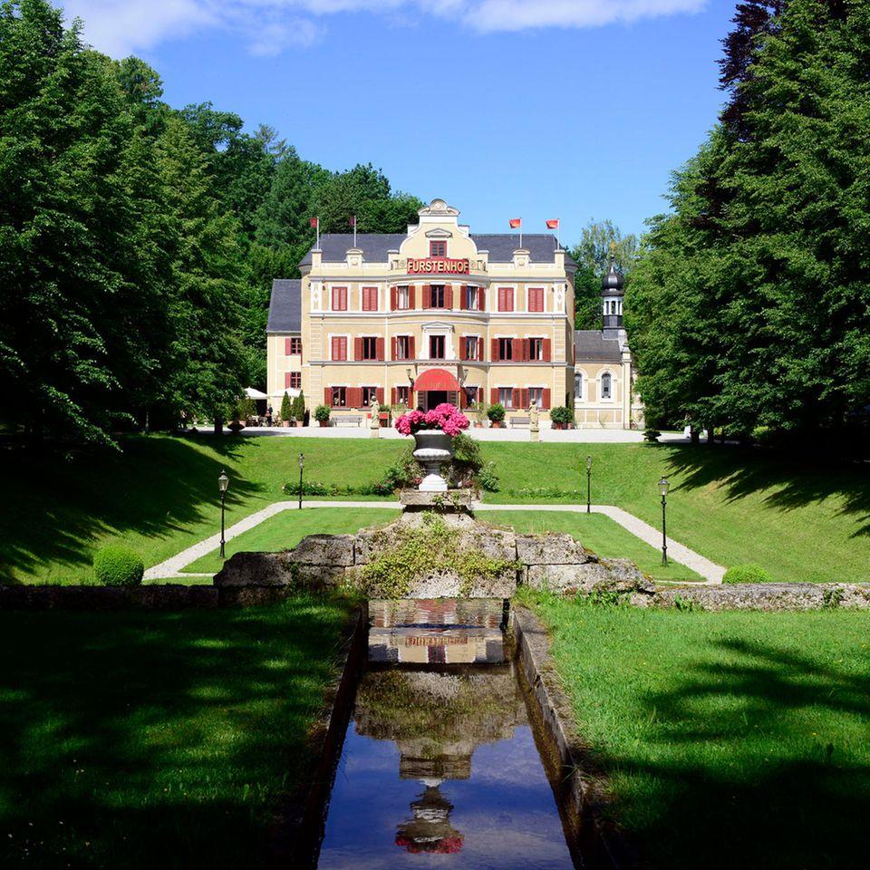Sturm der Liebe: Mysteriöse Neuzugänge mischen Fürstenhof auf
