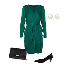 Den Valentinstag feiern mein Freund und ich nicht. Trotzdem gönn ich mir ein neues Outfit! Dieses schöne, grüne Kleid passt zum Date, aber auch zu allen anderen schickeren Anlässen. Mit den schwarzen Pumps, der Clutch aus Velourund den Perlen-Ohrsteckern kann ich eigentlich nichts falsch machen. Und wer weiß, vielleicht führt mich mein Liebster ja doch ganz spontan zum Essen aus. Also ich wäre vorbereitet ...  Kleid von Banana Republic, rund 80 Euro  Pumps von Tamaris, circa 40 Euro  Clutch von H&M, etwa 20 Euro  Ohrringe von Christ,etwa 30 Euro  Annalena, Head of Website