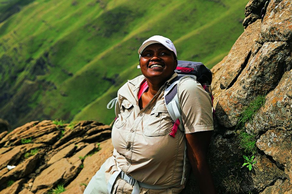 Drakensberge: Südafrika-Safari mal anders: Wanderführerin auf Berg