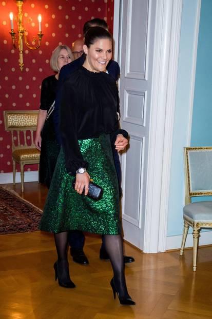 Looks der Royals: Victoria von Schweden im Glitzerrock