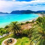 Strand von Agios Georgios auf Korfu