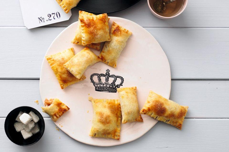 Englischer Kuchen: Mini-Apfeltaschen