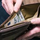 Portemonnaie mit 5-Euro-Schein
