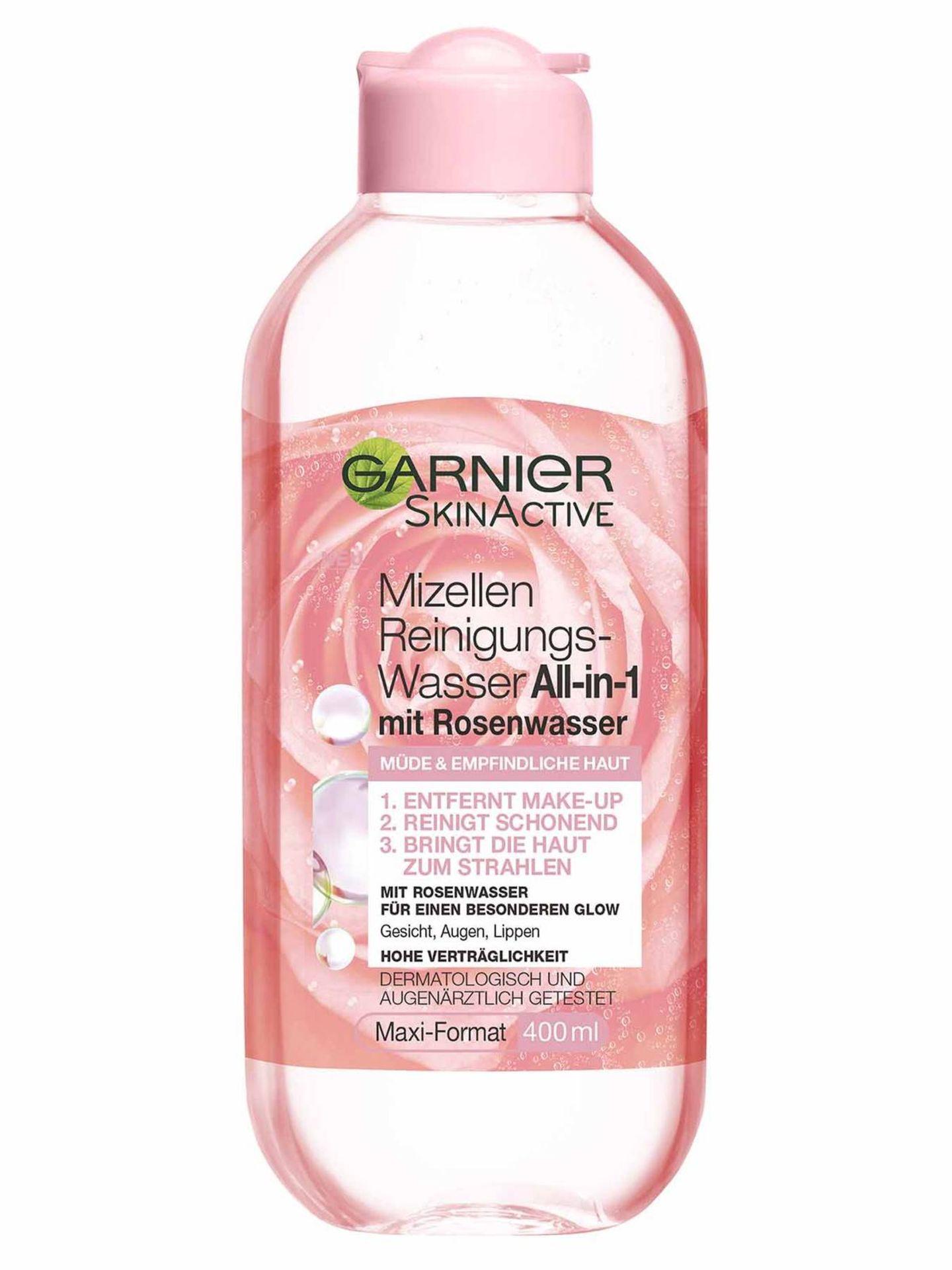 Nur das Beste für deine Haut: Schonendes Reinigungswasser mit Mizellen-Technologie und Rosenwasser. Löst Make-up schnell und versorgt die Haut mit Feuchtigkeit– #skingoals! Von Garnier, um 4 Euro.