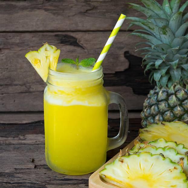 Abnehmen: Diese 4 Getränke sollen Bauchfett reduzieren