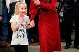 Royals, die günstige Kleidung tragen: Herzogin Kate im roten Zara-Kleid