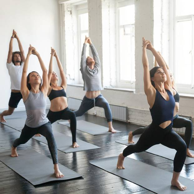 Hatha Yoga: Yoga Übung Krieger