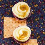 Kakao-Cupcake mit Ricotta-Fruchtcreme
