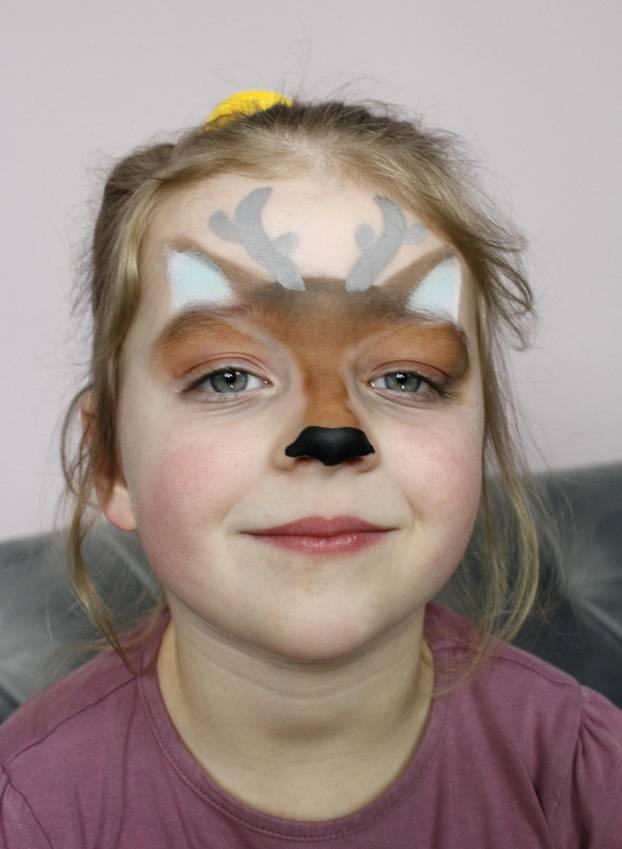 Reh Schminken So Gelingt Der Bambi Look Brigitte De