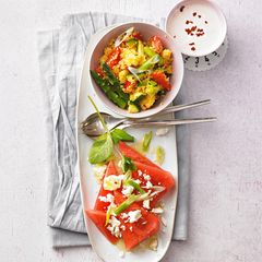 Gemüsesalat mit Melone
