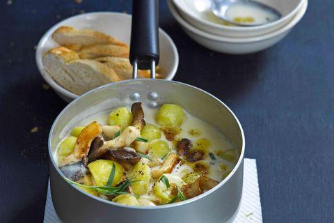 Kartoffeln und Kräuterseitlinge in Estragon-Sahne