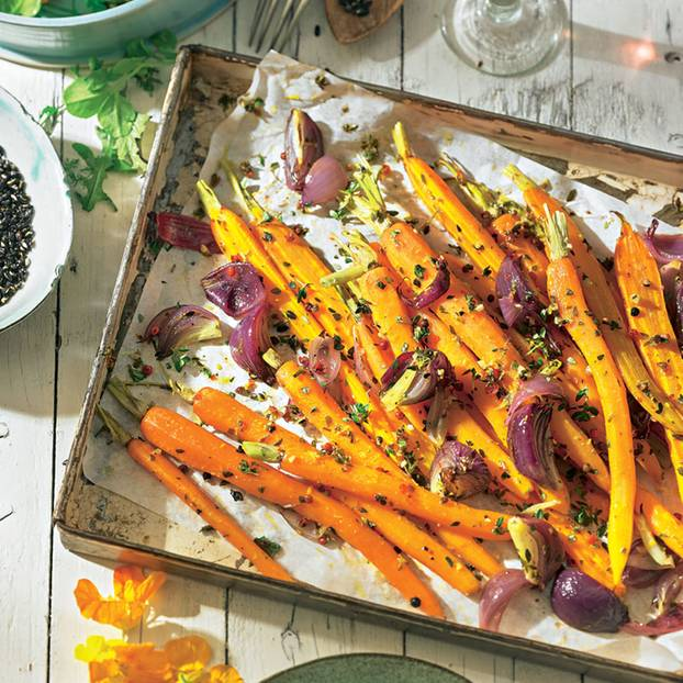 Vegane Osterrezepte: Orangen-Karotten vom Blech