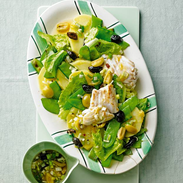 Warmer Kabeljausalat mit Oliven
