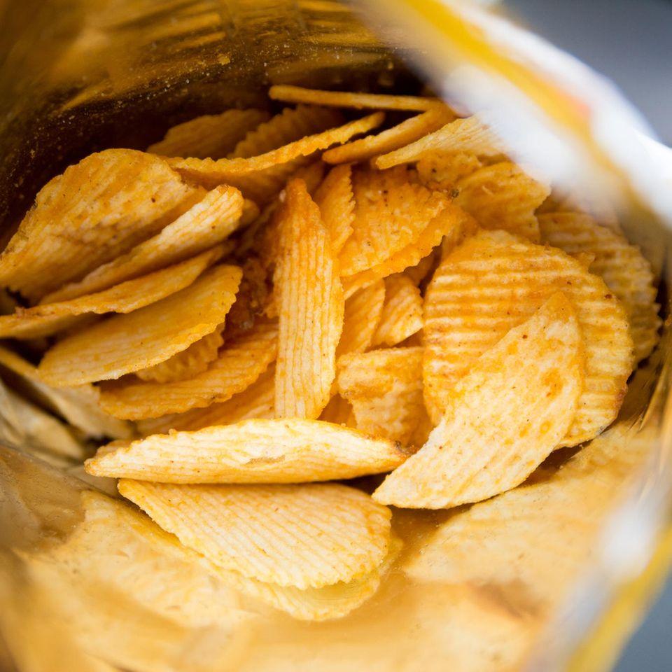 Innere einer Chipstüte