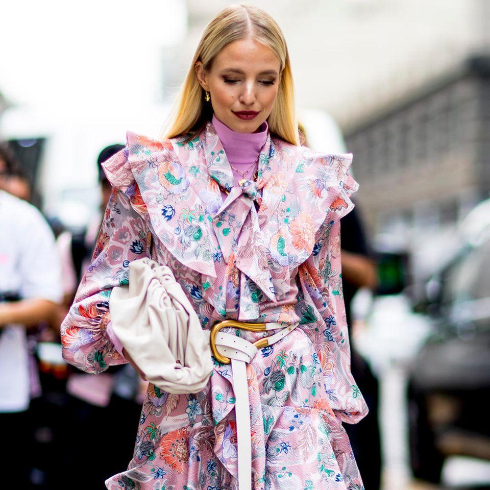 Stylisch in den Frühling: Diese Trends kommen – und diese bleiben!