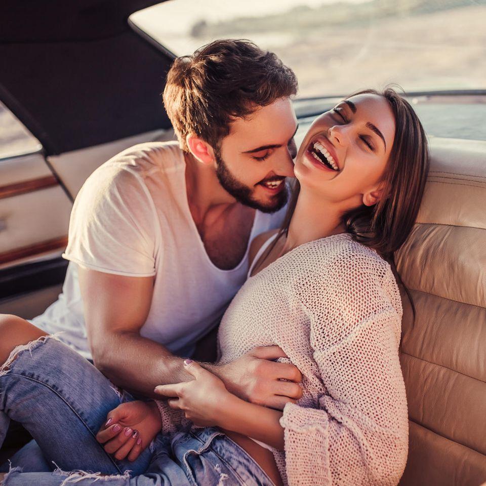 Die sieben Schritte, in denen ein Mann sich verliebt: Verliebtes Paar