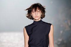 Die 4 schönsten Trendfrisuren der Paris Fashion Week