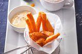 Süßkartoffel-Fritten mit Miesmuscheln und Chili-Mayonnaise