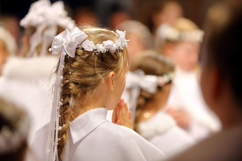 Kommunionsfrisuren: Geflochtene Haare