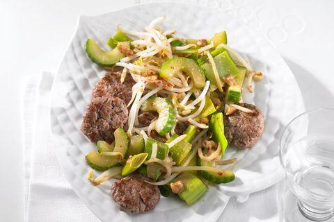 Thai-Gemüse mit Beef-Talern