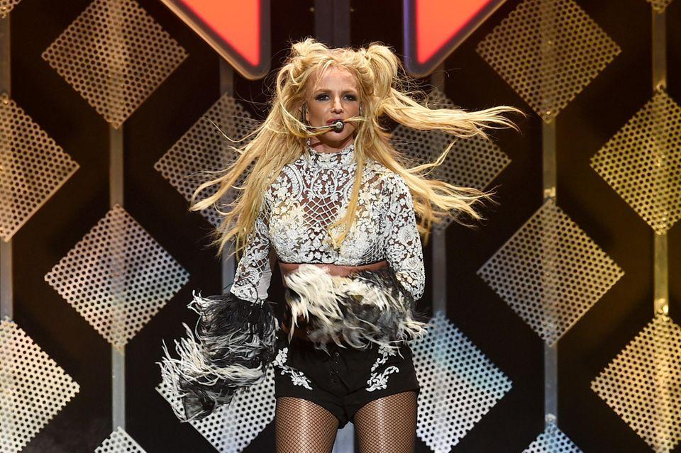 Britney Spears: Hier bricht sie sich den Fuß