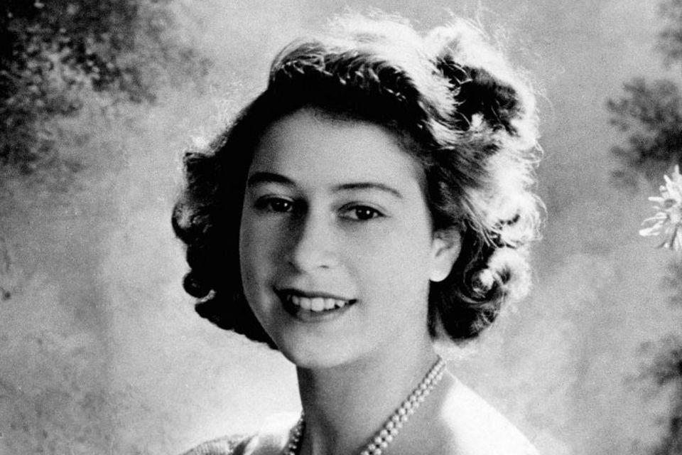 Elizabeth 1945