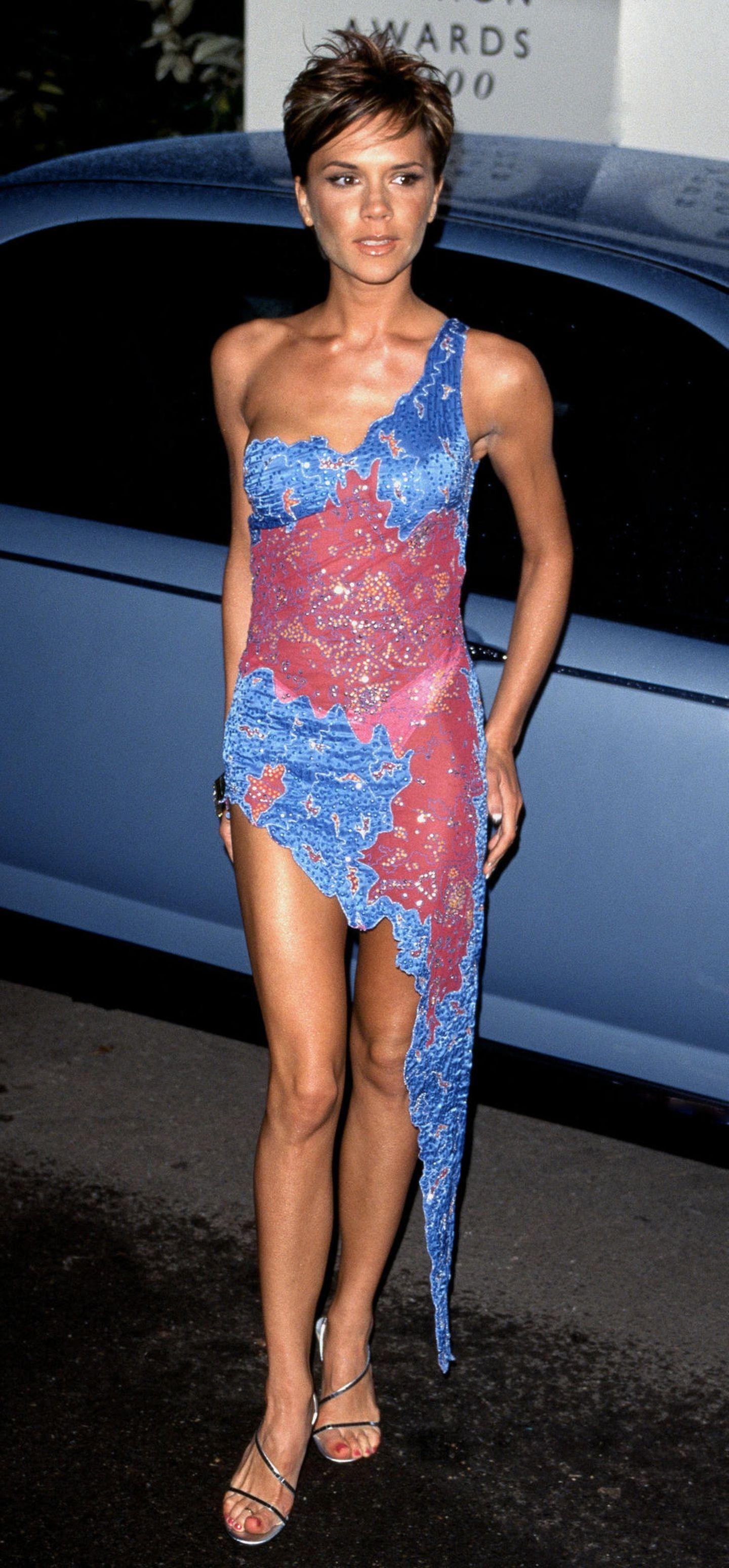 Victoria Beckham: im bunten Kleid