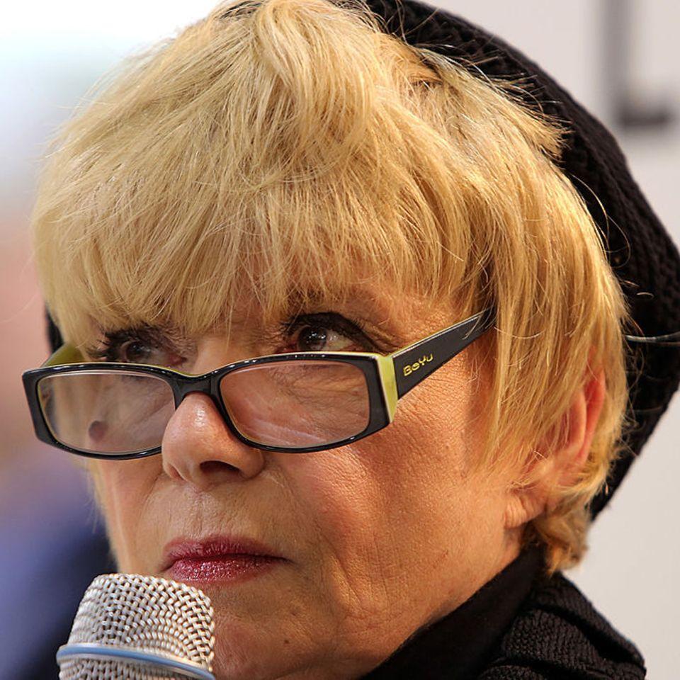 Ingrid Steeger auf Pressekonferenz