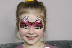 Kinder schminken: Vorlage für Teufel schminken
