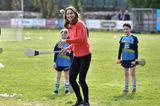 Herzogin Kate: macht Sport auf der Wiese