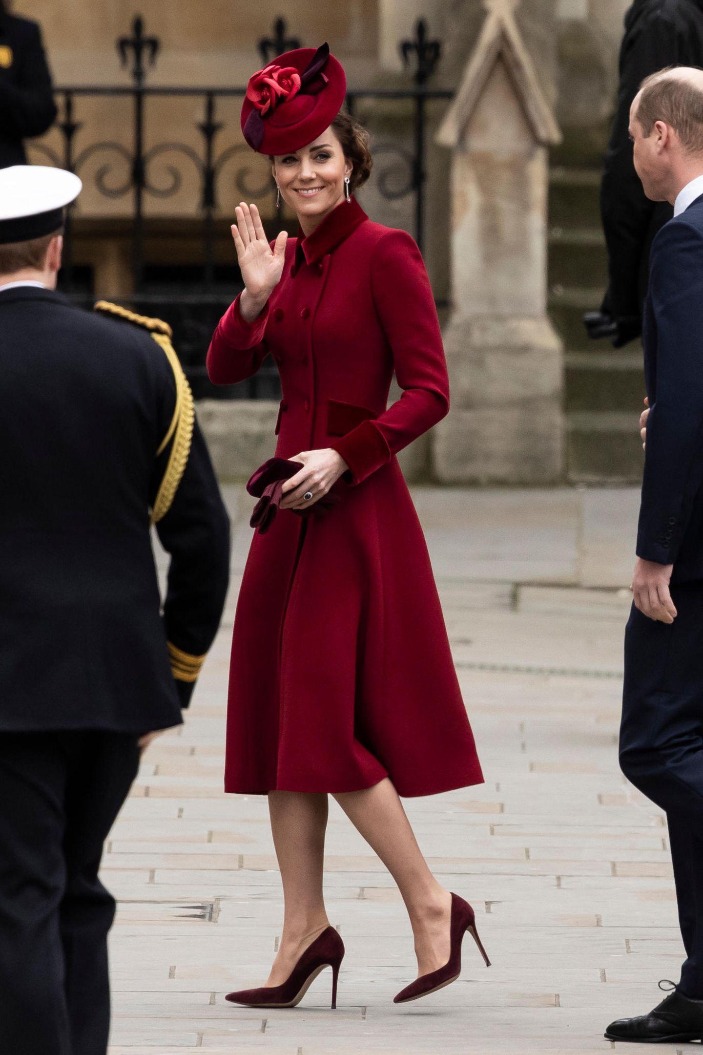 Meghan Markle: Herzogin Kate winkt