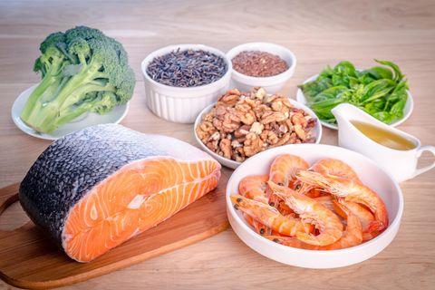 Diverse Quellen für Omega-3-Fettsäuren