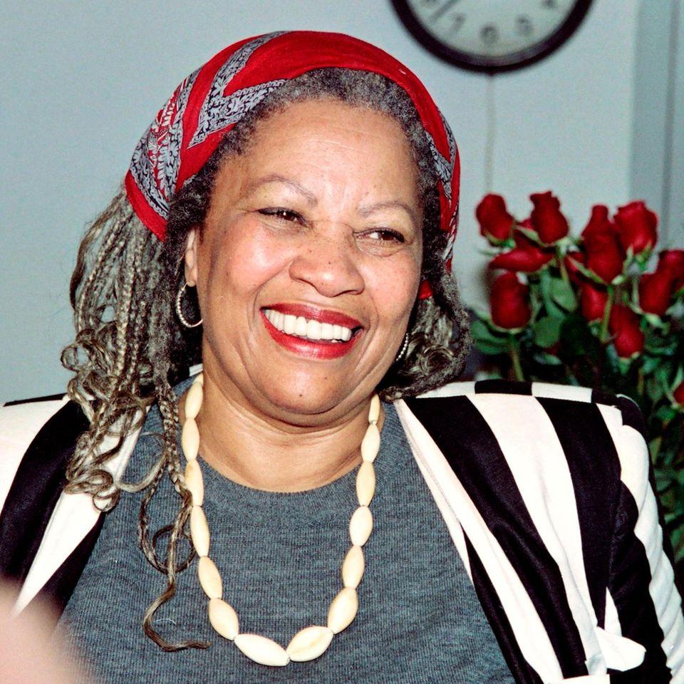 Toni Morrison 1993