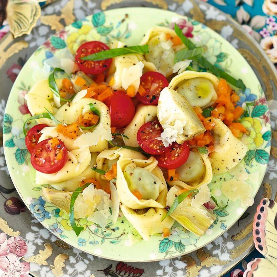 Tortellini-Artischocken-Salat