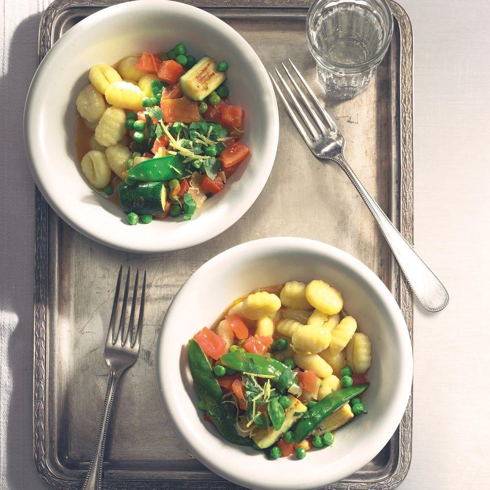 Gnocchi mit buntem Gemüse