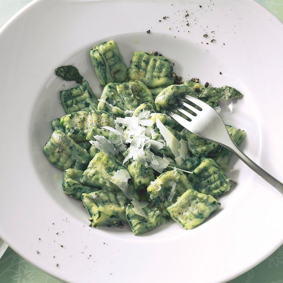 Spinatnocken - Gnocchi di Spinaci e Semolino