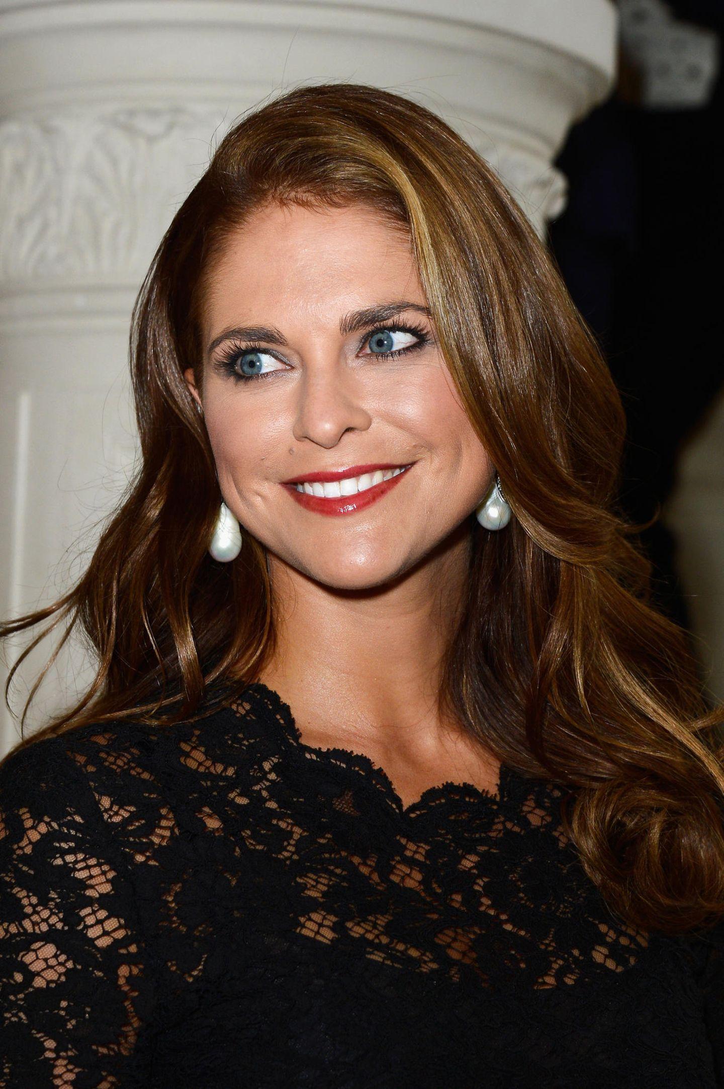 Makeup-Looks der Royals: Prinzessin Madeleine mit roten Lippen