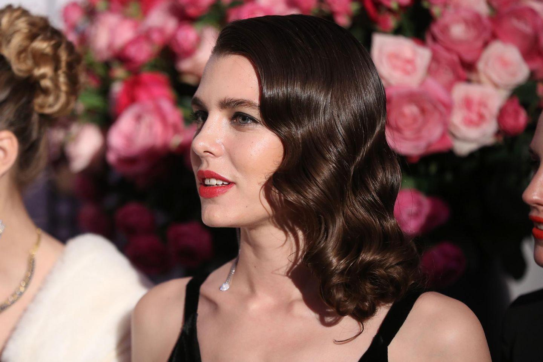 Makeup-Looks der Royals: Charlotte Casiraghi mit intensiven Lippen
