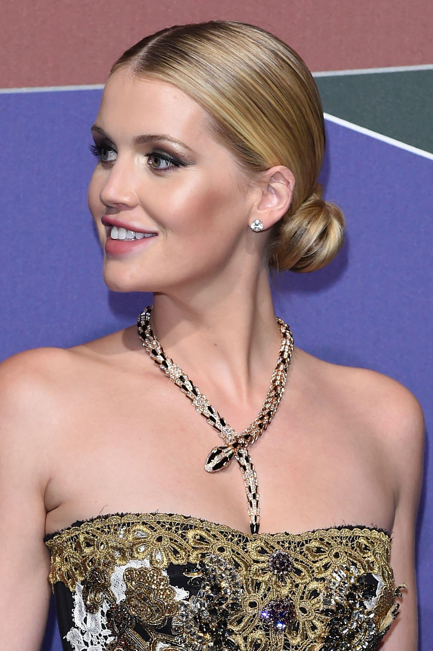 Makeup-Looks der Royals: Lady Kitty Spencer mit klassischem Makeup