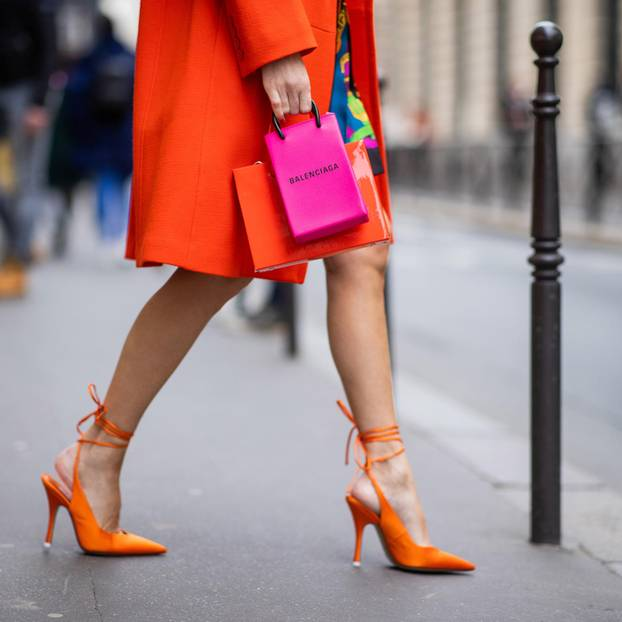 Oranger Mantel