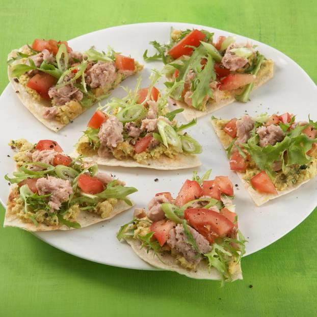 Tunfisch-Tomaten-Nachos