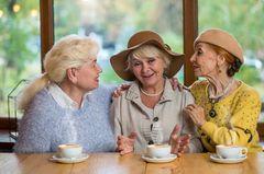 Drei Frauen gründen eine Rentner-WG