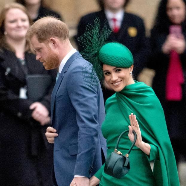 Royal-News über Harry + Meghan: Beugen sie sich Kate + William?