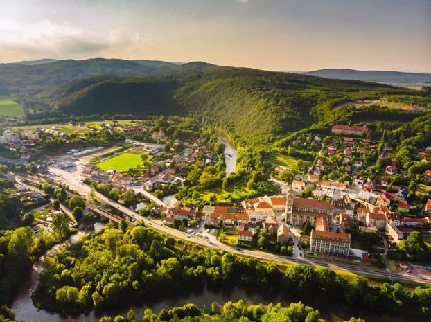 Frühlingsreisen 2020: Glatzer Bergland