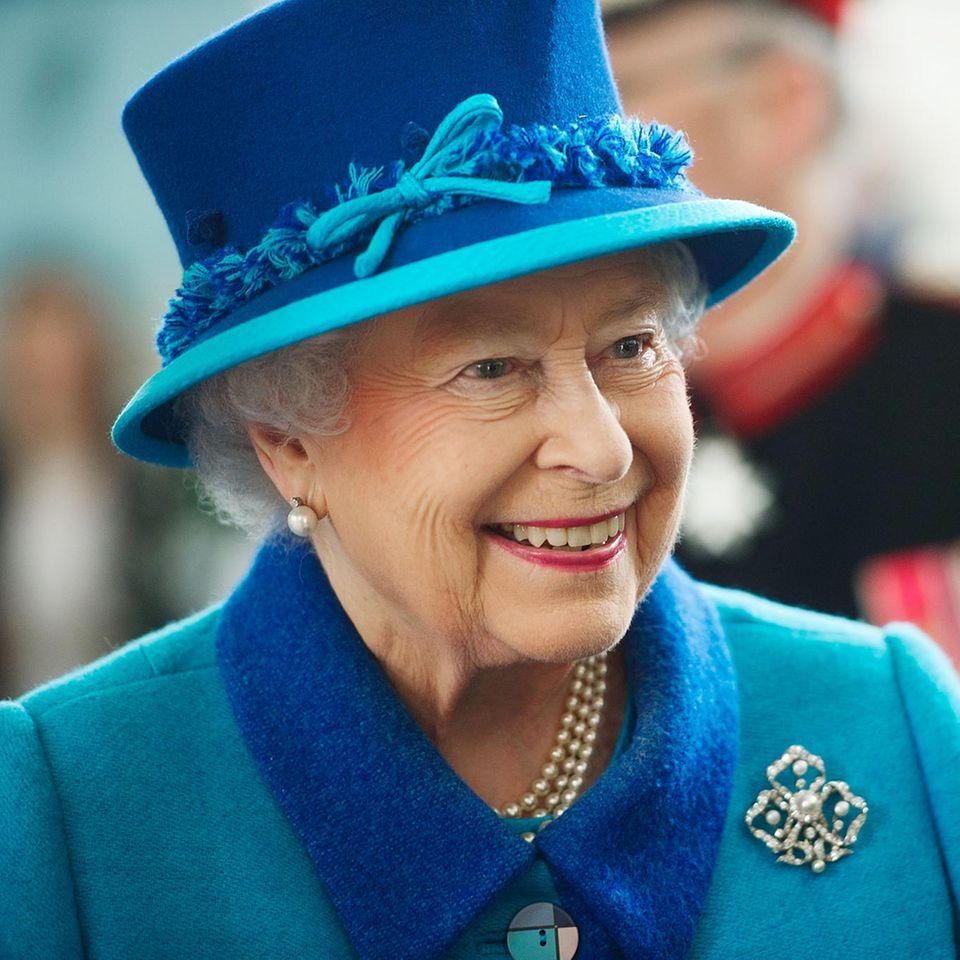 Royals: Was Queen Elizabeth (93 Jahre) jetzt neu lernen muss